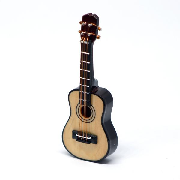 Guitar 1:12