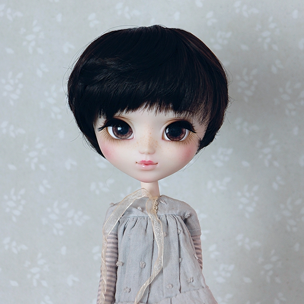9-10 short wavy Wig - Soft Black