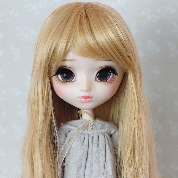 9-10 Long waved Wig - Sweety Gold