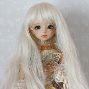 7-8 long wavy Wig - Milky Blond