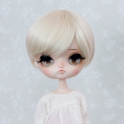 8-9 short straight Wig - Milky Blond