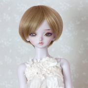 7-8 short straight Wig - Cream