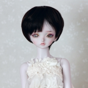 7-8 short Wig - Soft Black