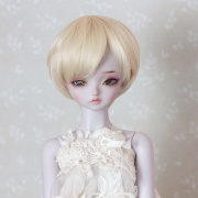 7-8 short Wig - Soft Blond