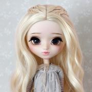 9-10 Medium Wig with small braids - Soft Blond