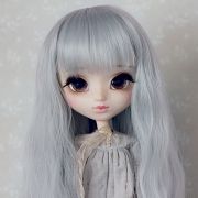 9-10 Long waved Wig - Royal Silver