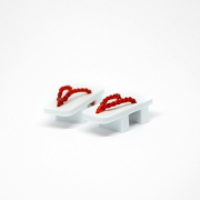 Geta Japanese Shoes White/Red