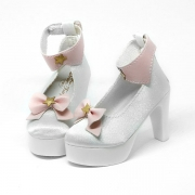 White High-Heels with Ribbon and stars