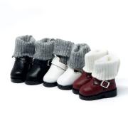 Rote Stiefel mit integrierten Socken