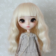 9-10 Medium wavy Wig - Milky Blond