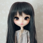 9-10 Long waved Wig - Charcoal Gray