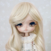 8-9 Medium curled Wig - Soft Blond