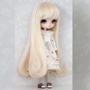 8-9 Medium Wig with Curls - Soft Blond